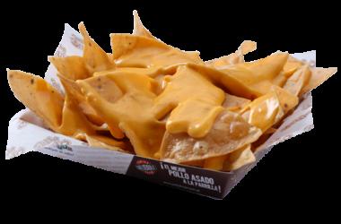 Nachos con queso transparente